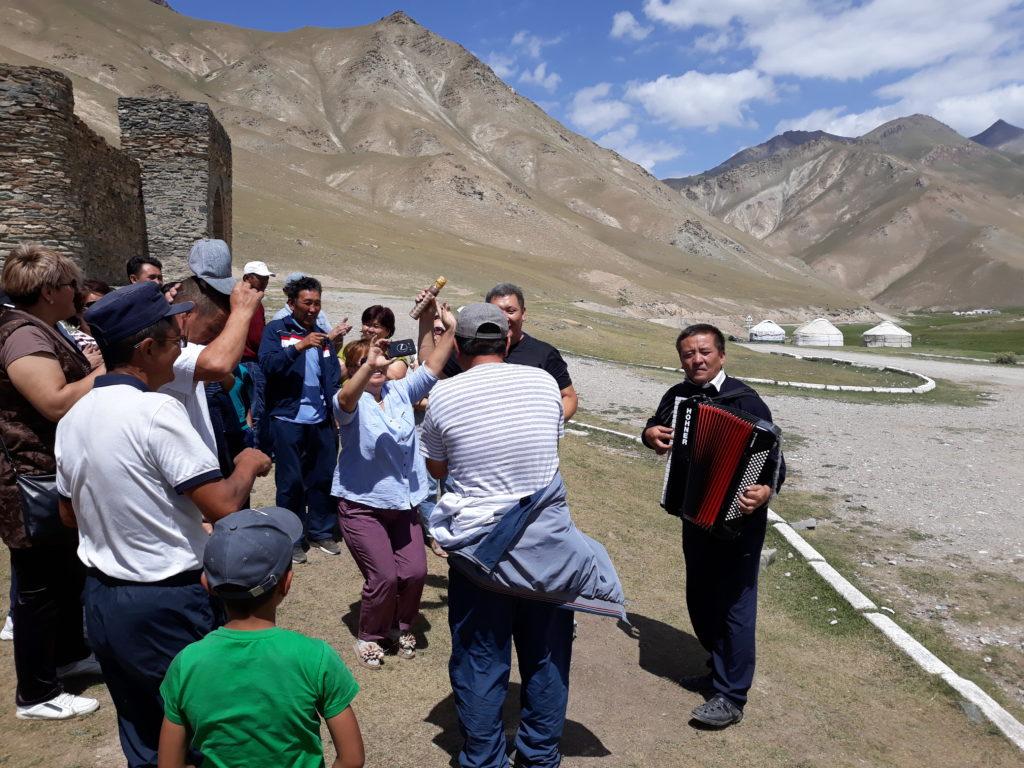Ztraceni v kyrgyzské pustině