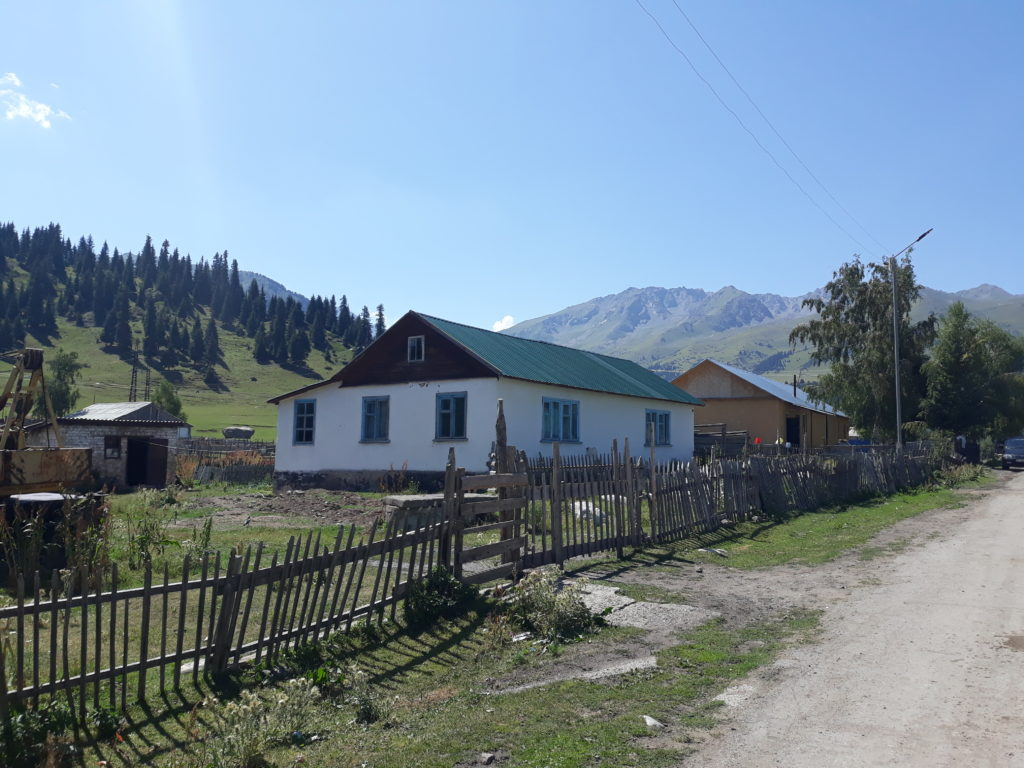 Od jezera Issyk-kul do Karakolu, ráje trekařů