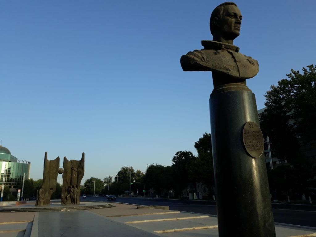 V Taškentu....